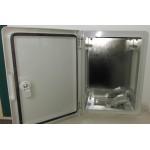 250x330x140 Montažinė dėžė su montavimo panele